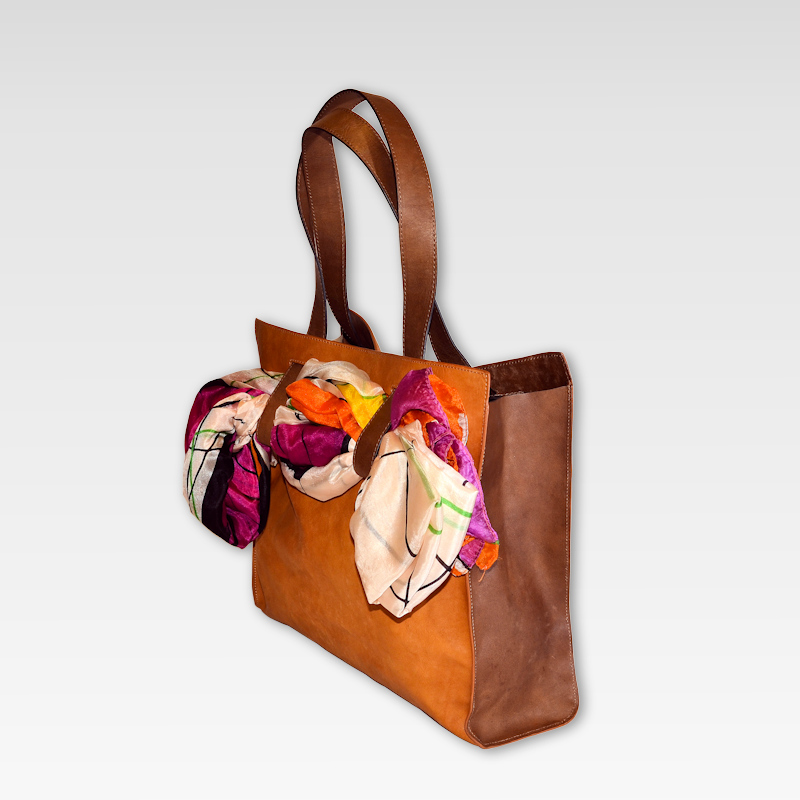 Hand bag with interchangeable handles, genuine cowhide leather, model Scarf Shopper